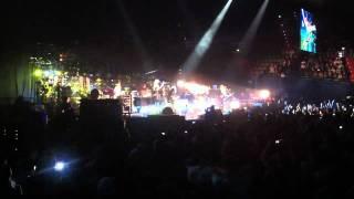 Kings of leon - Radioactive (live)