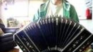 """Tango """"La última Grela"""" bandoneon solo"""