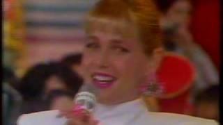 Xuxa contando história hilária no Xou da Xuxa - 1991