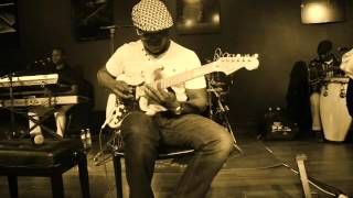Artur Neves com Banda Maravilha- Angola Mulher