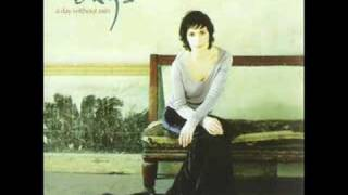 Enya - (2000) A Day Without Rain - 11 The First Of Autumn