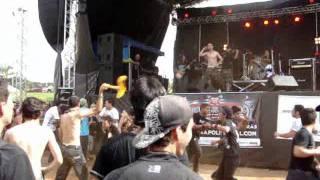 Crucificados pelo sistema  - La Tormenta - Live In Anapolis Metal