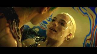 Harley Quinn & Joker // Arlequina & Coringa - Water under the bridge