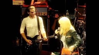 Bonnie Tyler  - Crying in Berlin (Live in Paris, La Cigale) - ClubMusic80s