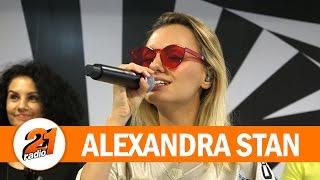 Alexandra Stan feat. Havana - Ecoute (LIVE @ RADIO 21)