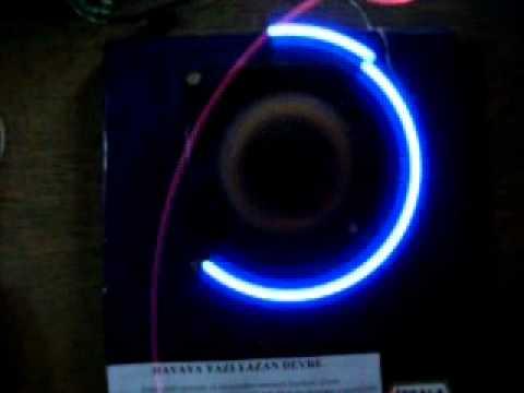havaya renkli yazı yazan devre-RGB led pov