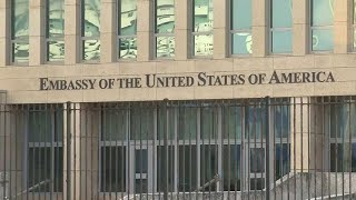 What sickened U.S. diplomats in Cuba?
