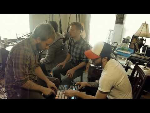 astronautalis-midday-moon-violitionist-sessions-gutterth-violitionist