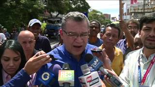 Dispersan con bombas lacrimógenas manifestación opositora que exigía Referendo Revocatorio