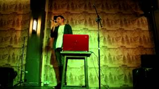 Hamish Gavin - Get Off Facebook (Live Cafe 1001, L