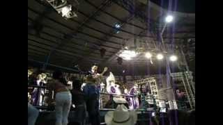 Banda la Trakalosa de Monterrey - Un par de cerdos