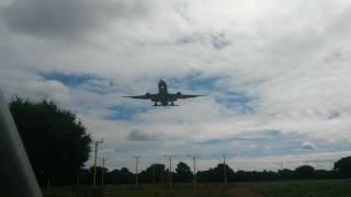 ✈ PLANESPOTTING ✈ British Airways Boeing 777-200 Landing At London Heathrow (LHR)