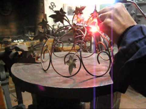 Lampadario Filo Di Ferro Fai Da Te : Realizzare un lampadario candeliere in filo di ferro fai da te mania