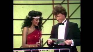 AMA 1984 fav pop group Hall and Oats