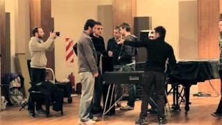 Backstage DVD · Hogar Dulce Hogar · Toma Tu Lugar