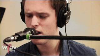 """James Blake - """"Limit to Your Love"""" (Live at WFUV)"""
