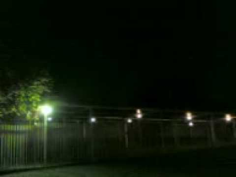 Ufo over Senderwood Bedfordview Jhb South Africa May 2009.avi