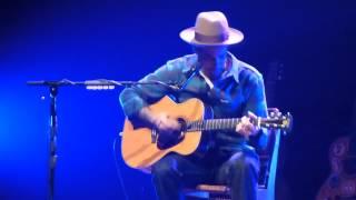 "BEN HARPER ""diamonds on the inside"" Solo Acoustique live @ Summum Grenoble, France 15-05-14"