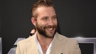 Jai Courtney Is So Hairy, He Had to Shave His Chest For 'Terminator Genisys'!