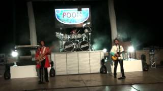 Palasport cover band Pooh - Live in Bisceglie!!! Tanta voglia di lei!!