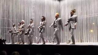 David Byrne - I Zimbra [Talking Heads song] (Houston 04.28.18) HD