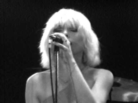 blondie-sunday-girl-7-7-1979-convention-hall-official-blondie-on-mv