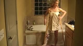 Cherie Deville bath time clip