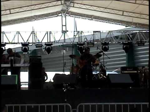 La Sabrosona de Adn Musical Letra y Video