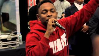 Kendrick Lamar - Backseat Freestyle (Live at Best buy NYC 10/23/12)