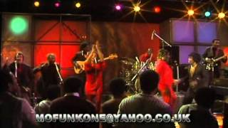 JAMES BROWN & THE J.B.'S - SEX MACHINE PAAARTYY. LIVE TV PERFORMANCE 1980