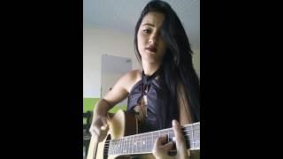 Cigana tocando e cantando ao vivo a música 50 reais