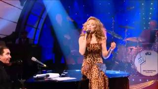 Kylie Minogue 'Try Your Wings' Live At Jool's Holland Annual Hootenanny 2010 [HD].mp4