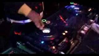 DJ WILLIE WORLDWIDE