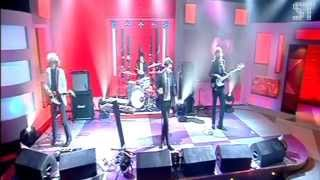 The Killers - Jonathan Ross Show 2005 |Somebody Told Me|
