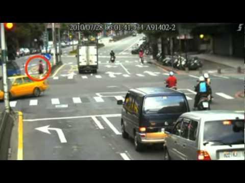 交通事故案例宣導短片-行人違規篇