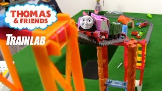 Strongest Engine Pulling Challenge! Thomas and Friends on the TrainLab
