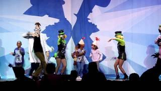 My Kids Dancing Onstage at the Phineas and Ferb Live Show