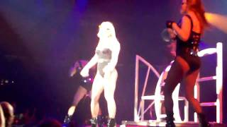 """Britney Spears """"Do Somethin'"""" Live in Pittsburgh 3-27-09 Circus Tour"""