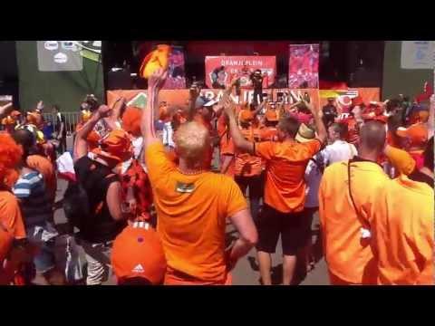 Oranje Fiesta in Kharkiv Fan Zone – Part 1 – June 13, 2012