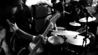 "Touché Amoré - ""DNA"" (Bridgetown DIY 08.04.2013)"