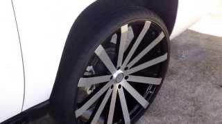 Chevy Avalanche on 28's...