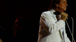 O Rei Roberto Carlos.Chevrolet Hall em Recife 11/09/2010.Eu te amo,te amo,te amo.