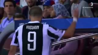 El fuck you de Higuaín a los hinchas del Barcelona