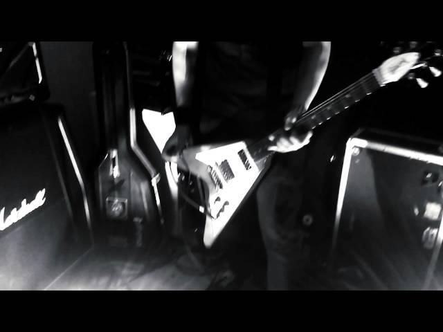 Videoclip oficial de la canción Mares Vacíos de Aathma
