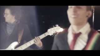 Amor A Primera Vista -  Alkilados / (Video Oficial )