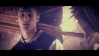 Uzzy - 'Só Quero Viver a Minha Vida' [Videoclip Oficial]