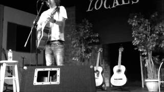 "Commander Xander - LIVE @ ""LOCALS"" - Run Like the Wind (UTWD cover) - March 2013"