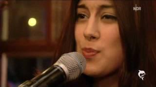 Elif Demirezer - Nichts tut für immer weh  ( in High Definition )
