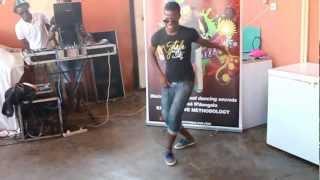 Toques de Afro house 2012 / 2013 by Kizombalove Academy