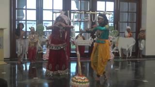 Yashomati Maiya se bole nandlala
